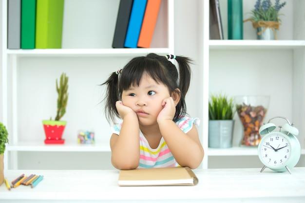Kinderen zijn niet geïnteresseerd in leren.