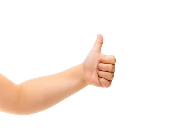 Kinderhand gebaren op wit