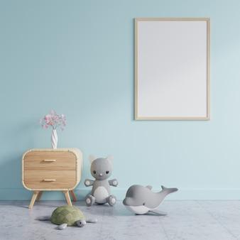 Kinderkamer met een fotolijst op een blauwe muur, gedecoreerd met poppen en een bloemenvaas op een houten kaststel. 3d-weergave.