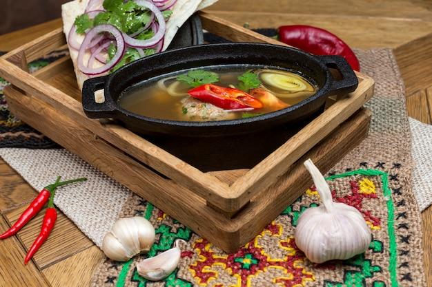 Kip ginseng soep