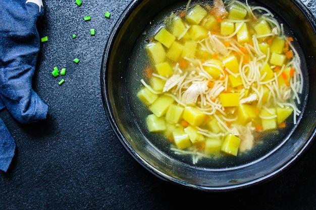 Kippensoep groenten