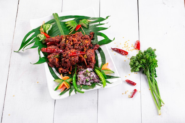 Kipperalan of kip droge currykerala speciaal kipgerecht
