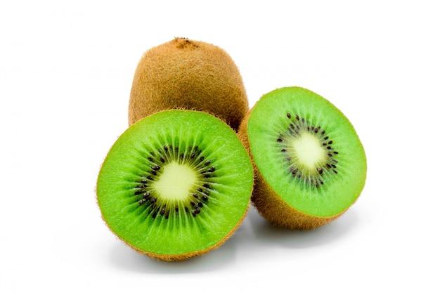 Kiwi op wit wordt geïsoleerd dat
