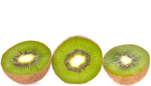 Kiwiplakken op witte achtergrond
