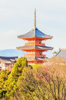 Kiyomizu deratempel in kyoto in japan