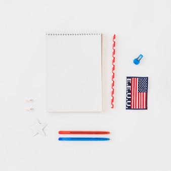 Kladblok schoonmaken met briefpapier
