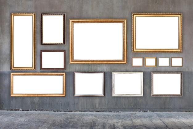 Klassiek frame op oude cementmuur