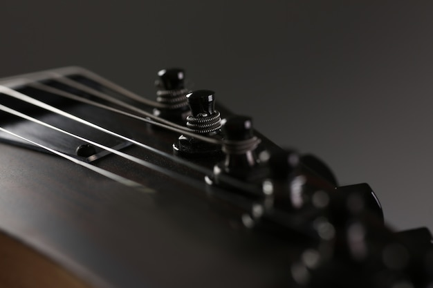 Klassieke vorm houten elektrische gitaar met palissander hals