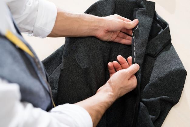 Kleermaker naaien boven weergave