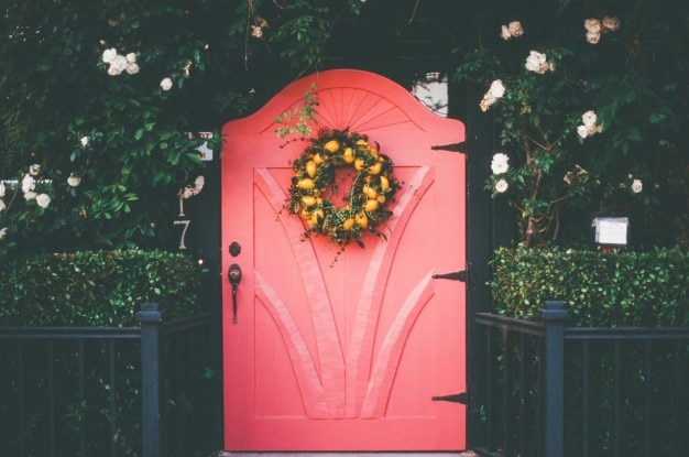 Kleine rode deur