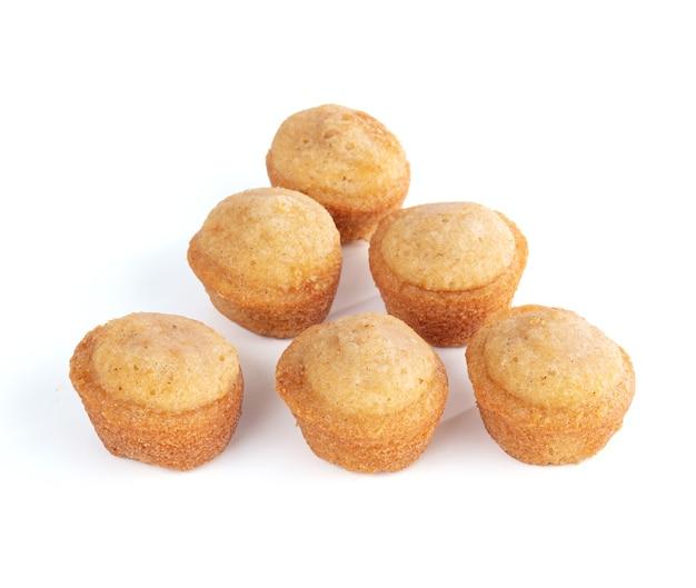 Kleine zachte cakes om het geïsoleerd te proeven