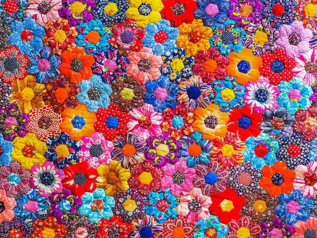 Kleur abstracte achtergrond van patchwork naaitechniek.