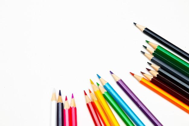 Kleur pencila op een witte achtergrond