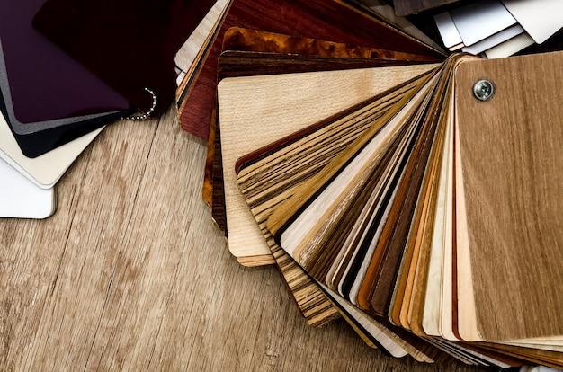 Kleurenpalet voor meubels op tafel