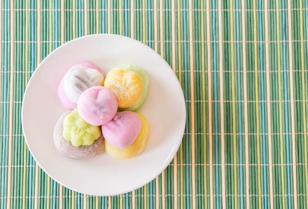 Kleurrijk dessert mochi