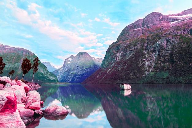 Kleurrijk retro vaporwave landschap