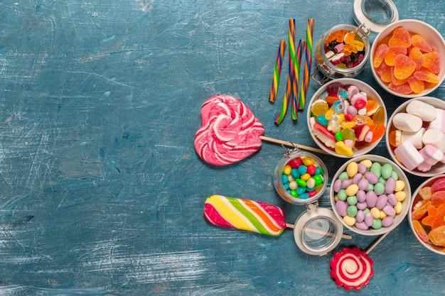 Kleurrijk snoepjes gemengd