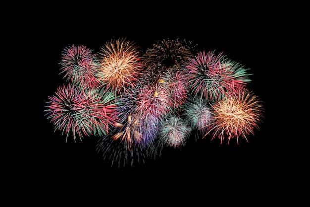 Kleurrijk vuurwerk, vuurwerkfestival in nieuw jaarconcept.