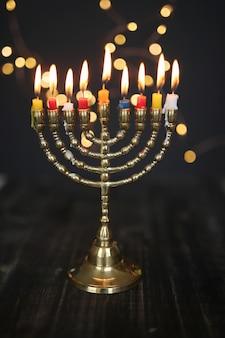 Kleurrijke candels, chanoeka