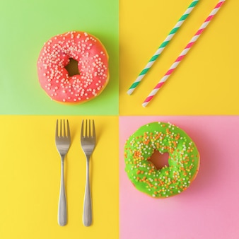 Kleurrijke donuts op een gele achtergrond