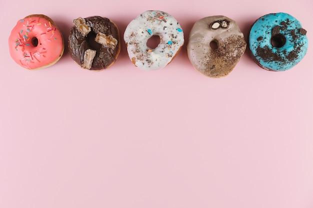 Kleurrijke donutslijn