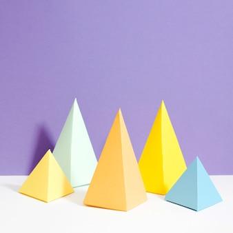 Kleurrijke driehoek papier collectie