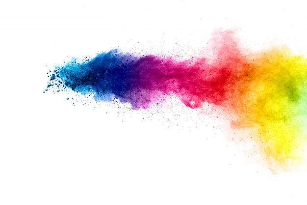 Kleurrijke explosie voor happy holi-poeder. abstracte achtergrond van kleurdeeltjes barsten of spatten.