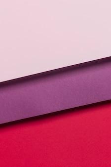 Kleurrijke kasten op tafel