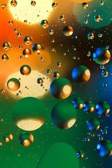 Kleurrijke kunstmatige achtergrond met bubbels.