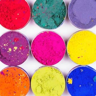 Kleurrijke make-up potten als make-up textuur. plat liggen