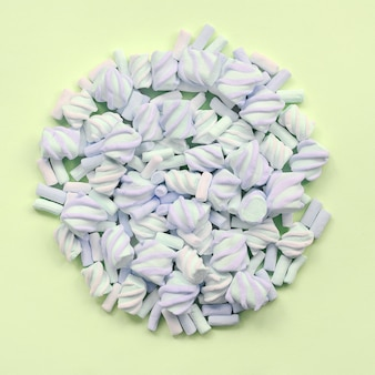 Kleurrijke marshmallowsamenstelling