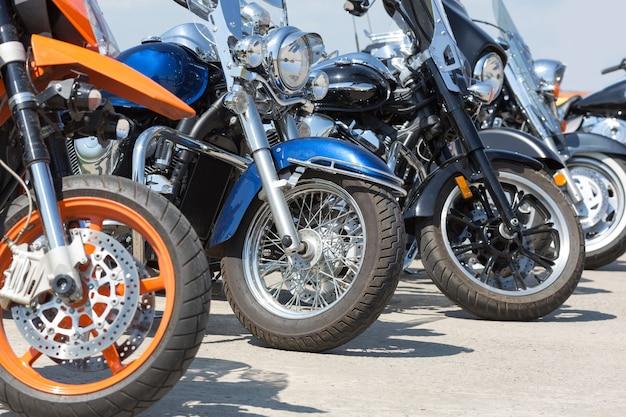 Kleurrijke motorfietsen