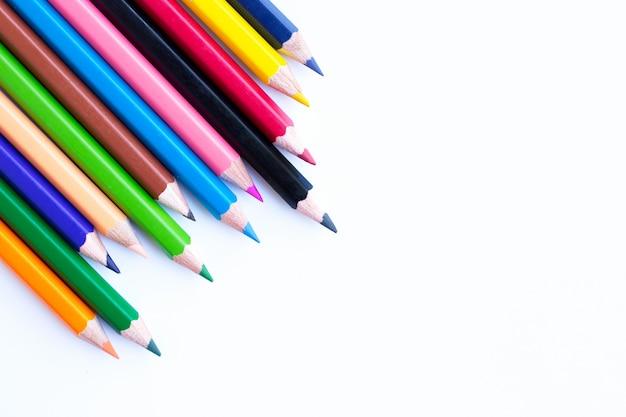 Kleurrijke potloden geïsoleerd op wit.
