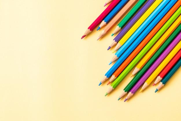 Kleurrijke potloden