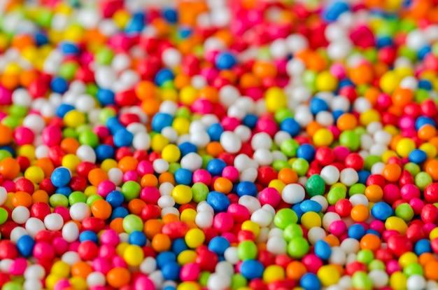 Kleurrijke strooisuiker gemaakt voor topping bakkerij