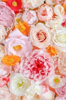 Kleurrijke verse bloemen patroon achtergrond
