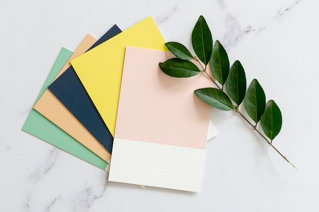 Kleurstalen mock-up in platte laag