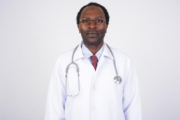 Knappe afrikaanse man arts
