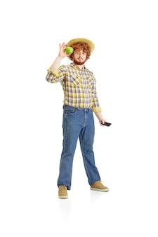 Knappe boer, rancher op wit wordt geïsoleerd