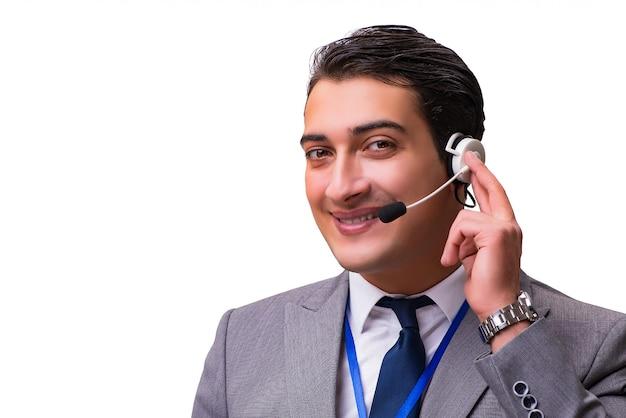 Knappe die mens met hoofdtelefoon op wit wordt geïsoleerd