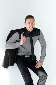 Knappe man in een pak
