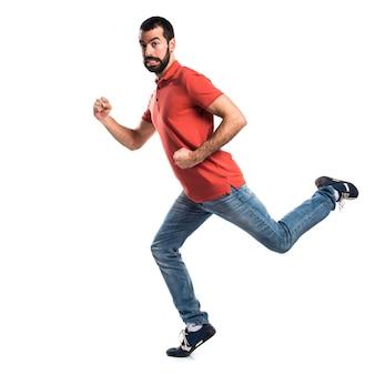 Knappe man loopt snel