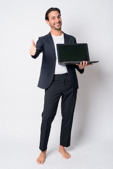 Knappe spaanse zakenman pak dragen