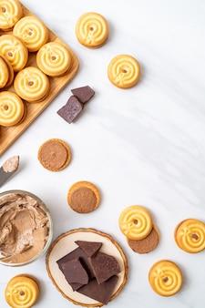 Koekjes met chocoladeroom