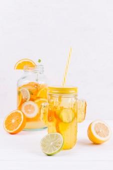 Koele citrusdrank