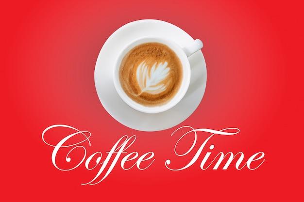 Koffie in een witte kop op een rode achtergrond en het karakter van de koffietijd