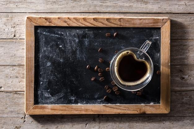 Koffie in glas met hart vorm