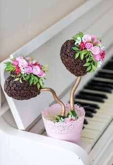 Koffie topiary piano