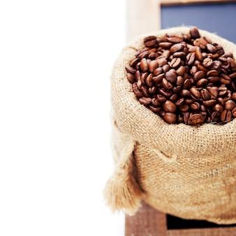 Koffiebonen in jutezak