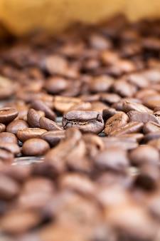 Koffiebonen voor de productie van heerlijke koffie